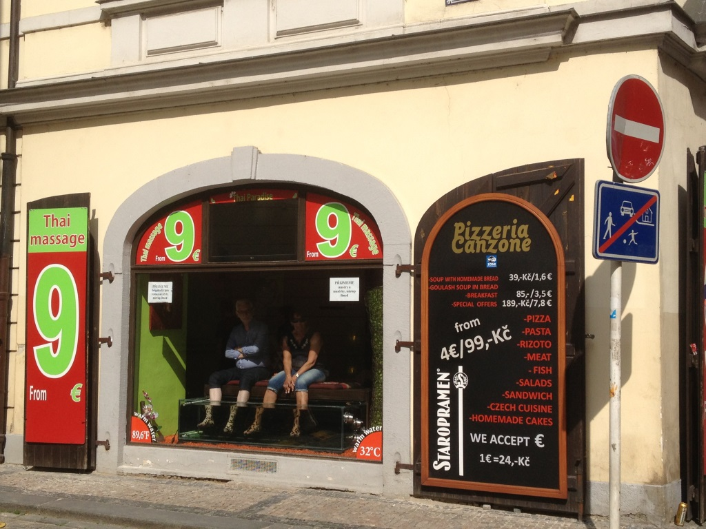 Etonnants magasins prague focus shopper for Fish pedicure nyc
