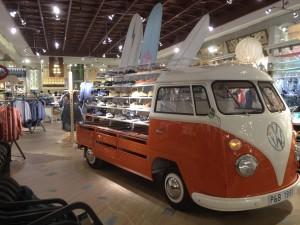 Pull&Bear Qwartz combi présentoir - Focus Shopper